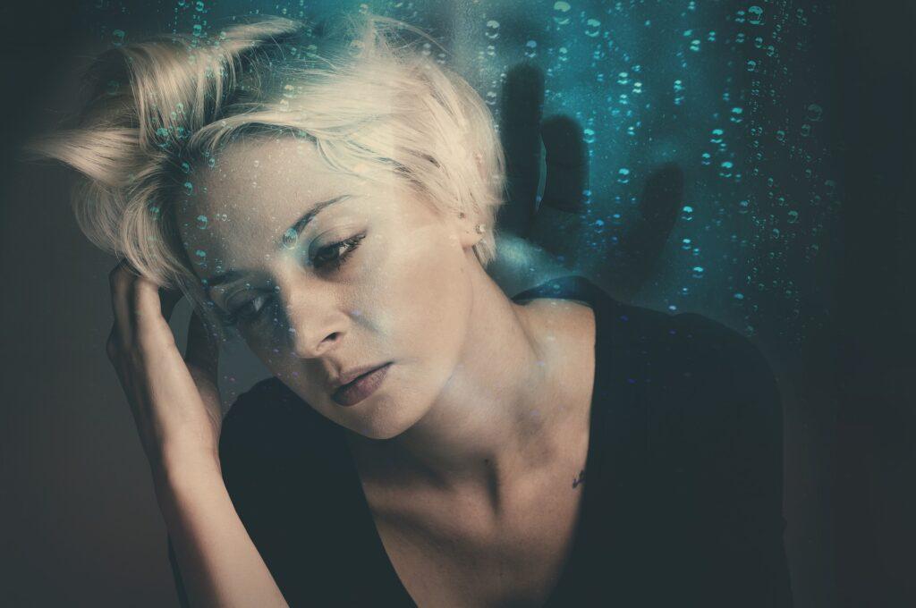 3 tapaa, joilla riittämättömyyden tunne luo pohjaa uupumukselle ja masennukselle